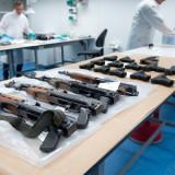 Vuurwapens_AK47_NIEUWEGEIN