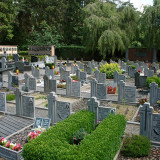 800px-Begraafplaats_Bareldonk_1
