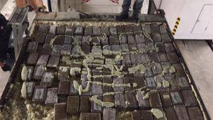 195 kilo coke en heroïne gepakt
