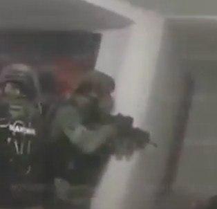 """Beelden arrestatie """"Chapo"""" Guzman vrijgegeven (VIDEO)"""