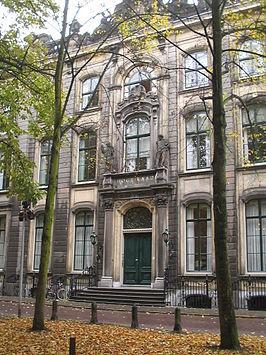 Hoge_raad_gebouw_lange_voorhout