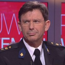 """'Best betaalde """"politieman"""" gekort op salaris'"""