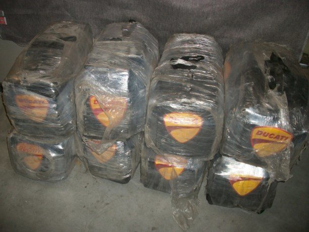 579 kilo cocaïne tussen tonijnblikjes