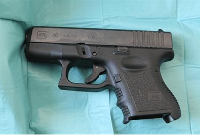 Preventief fouilleren: vuurwapen in heuptasje