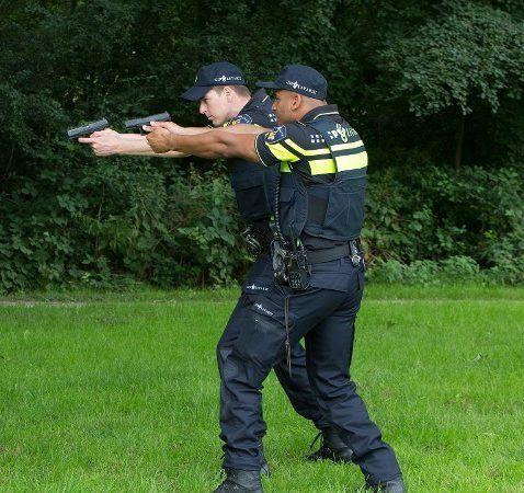 Politie trekt 20 keer per week wapen om neppistool