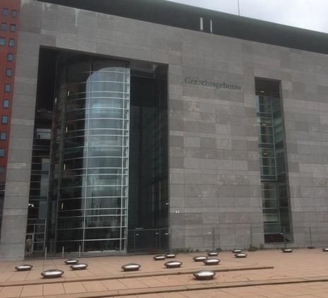 Grote commotie en bedreigingen in Rotterdamse rechtszaal