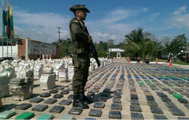 Bijna een ton cocaïne voor Nederland onderschept