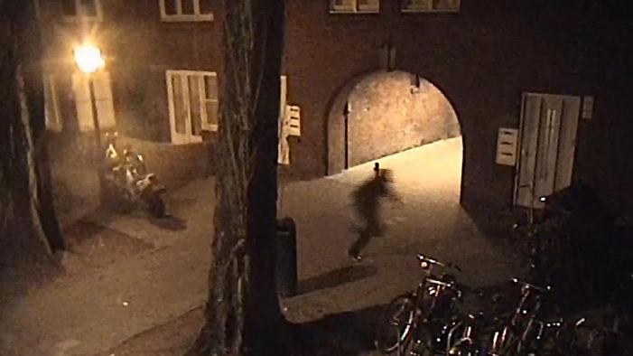 Beelden schutter mislukte aanslag getoond (VIDEO)