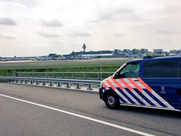 'Gaten in de beveiliging op Schiphol'