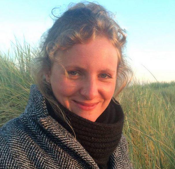 Politie stuurt sms-bom voor info dood vrouw
