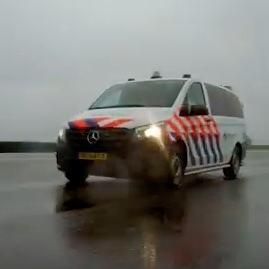 Politie switcht naar Mercedes (VIDEO)