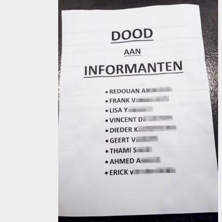 Antwerpen: dodenlijst gefolderd in de brievenbus