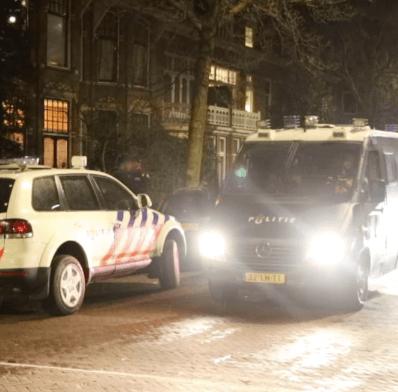 Familie kroongetuige uit huis gehaald (VIDEO)