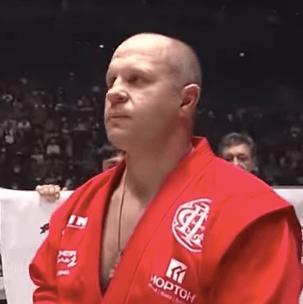 MMA-vechter ondervraagd door FBI