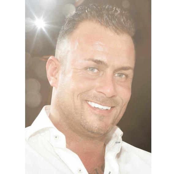 Poging brandstichting auto ex Dennis Struijk