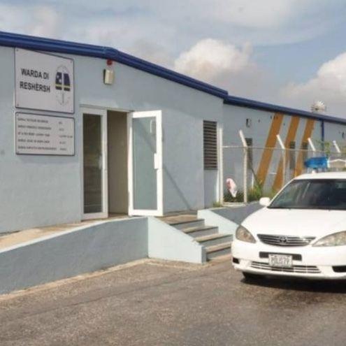 Curaçaose rechercheurs legden werk neer uit protest
