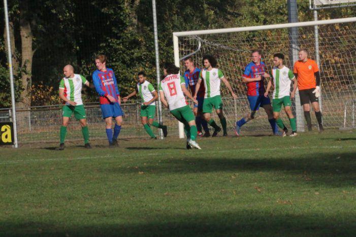 Satudarah-leden gezien bij Enschedese voetbalclub Phenix