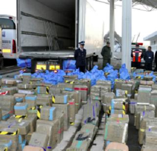 Bijna 14.000 kilo hasj gepakt in Tanger