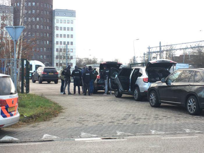 Arrestatieteam haalt duo uit trein bij station Zwolle
