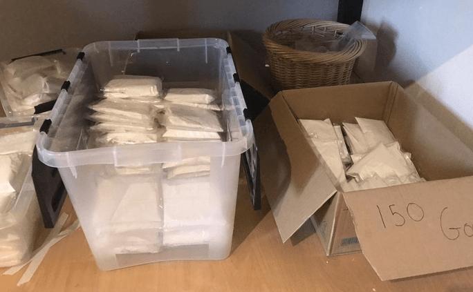 Drugsbende opgerold: 12 verdachten en drugs ter waarde van 400.000 euro