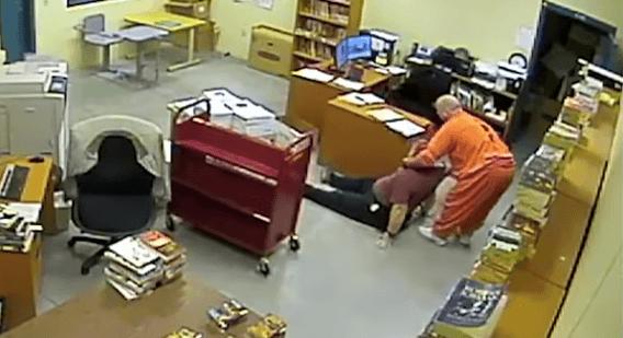 Gedetineerde gijzelt urenlang gevangenismedewerker