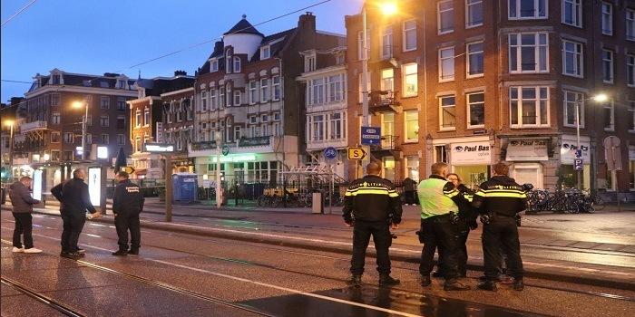 'Broer eigenaar Amsterdamse coffeeshop staat op dodenlijst'