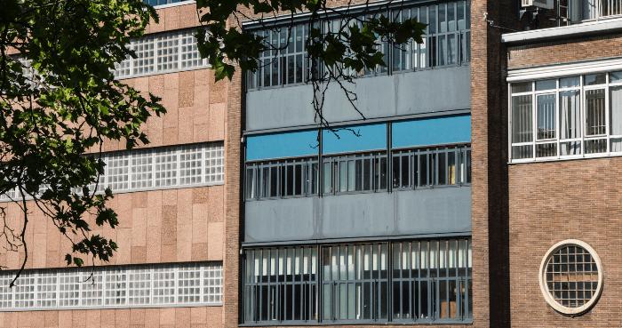 Cellenhuizen Amsterdam dicht: 172 agenten erbij