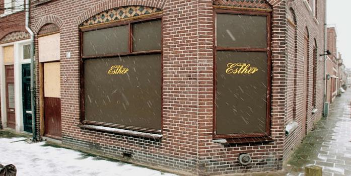 Tbs ex-portier Club Esther met één jaar verlengd
