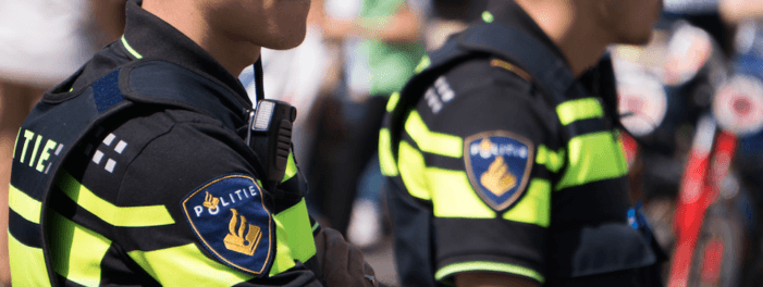 Man op scooter beschoten in Rotterdam
