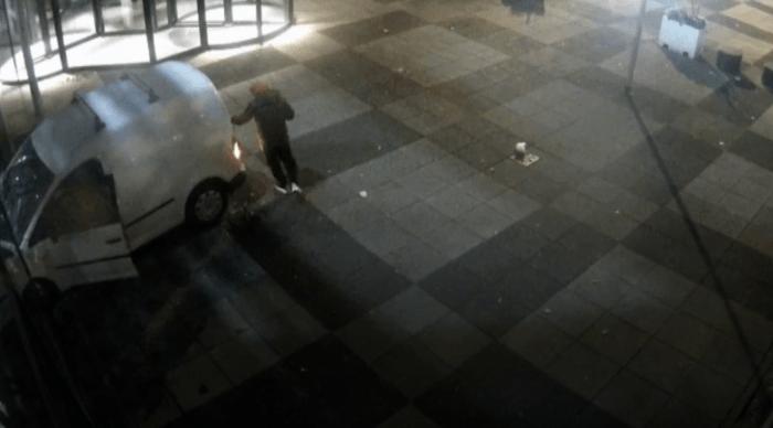 Arrestaties om aanslag Telegraaf-gebouw (UPDATE3 VIDEO)