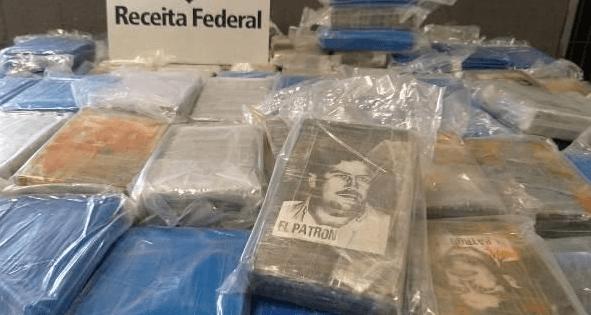 Cocaïne voor Antwerpen met portret Pablo Escobar