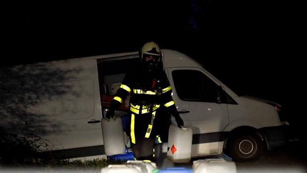 Vaten met drugsafval gedumpt in Oosterhout en Deurne