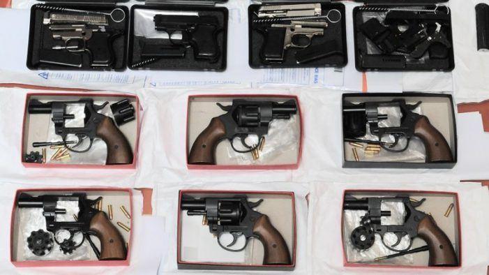 Belgische tip leidt tot wapenvondst