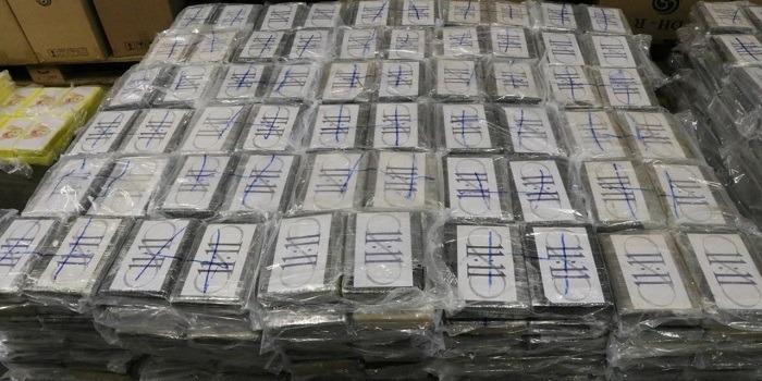 4.500 kilo coke voor Antwerpen onderschept in haven Hamburg