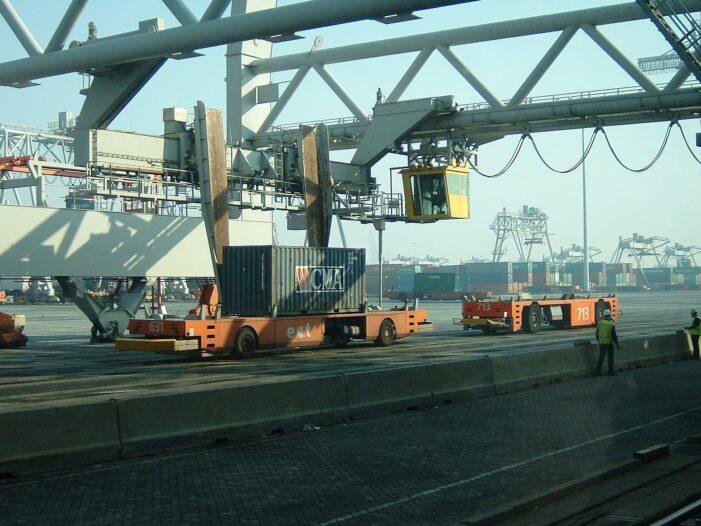 'Screening in Rotterdamse haven moet strenger'