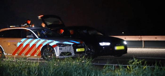 Mogelijk explosieven in achtergelaten auto na achtervolging
