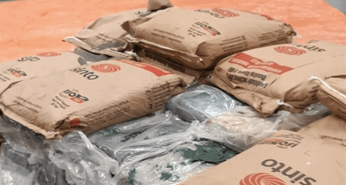 450 kilo coke onderschept in Rotterdam