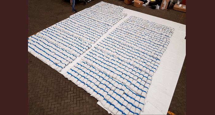 Vier mannen bij Rotterdam opgepakt vanwege 1,3 ton heroïne in Engeland