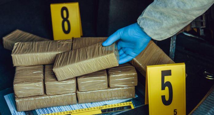 Ruim een ton cocaïne uit Suriname in Frankrijk onderschept