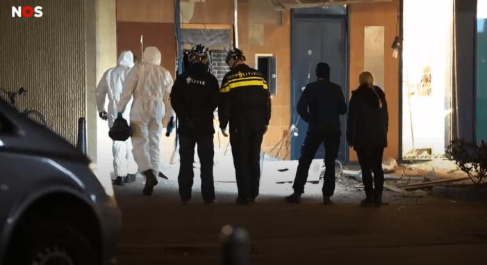 Politie op zoek naar verdachte plofkrakers op scooter