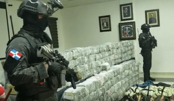 Dominicaanse Republiek pakt cocaïne voor Rotterdam (VIDEO)