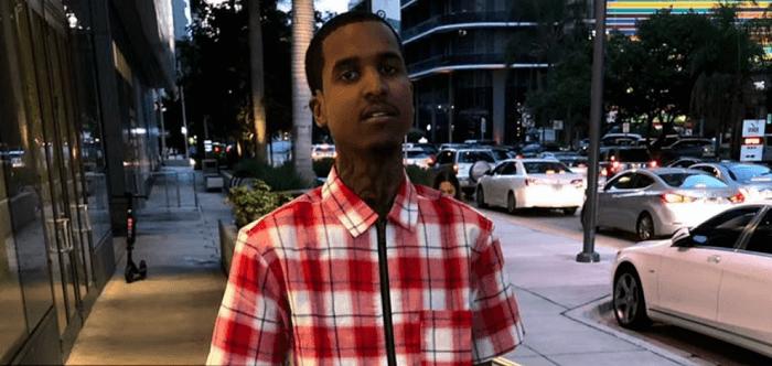 Amerikaanse drillrapper Lil Reese zwaargewond na schietpartij (VIDEO)