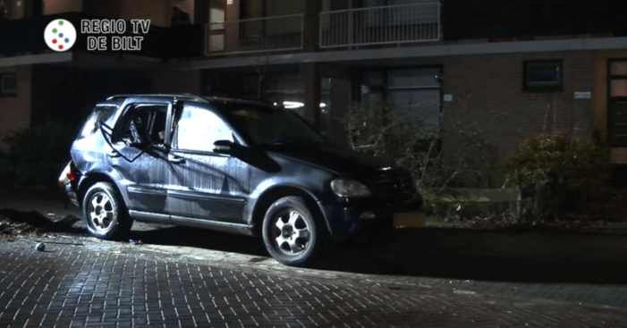 Mercedes ontploft in Bilthoven