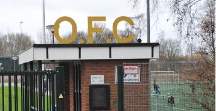 Burgemeester sluit complex omstreden voetbalclub OFC vanwege veiligheid