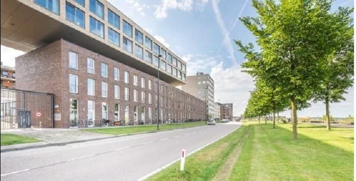 Woning A'dam-IJburg gesloten na vondst 27 kilo coke en 270.000 euro cash