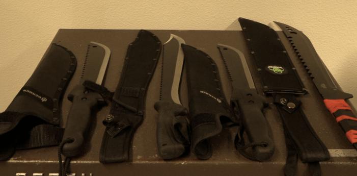 Vier tieners met machetes aangehouden in Amsterdam-Zuidoost