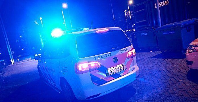 Politie schiet man met vuurwapen neer in Rotterdam
