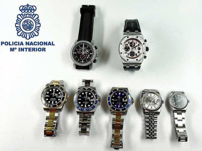 Politie: Nederlander rolde duur horloge op Ibiza