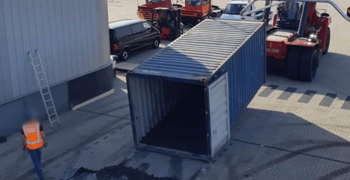 Vijf arrestaties na vondst 1459 kilo cocaïne in haven Rotterdam