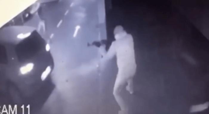 'Vete tussen Montenegrijnse drugsclans achter Amsterdamse moordaanslag' (VIDEO)